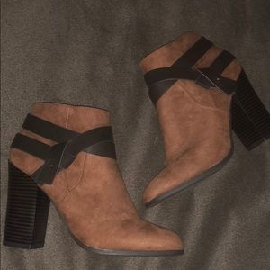 Express Faux Brown Suede & Leather Booties Size 7